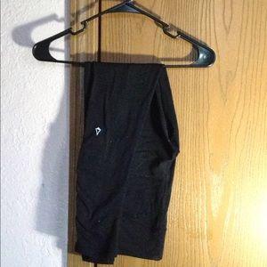 I am selling ivivva leggings.
